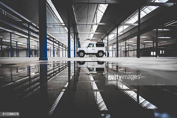 landrover defender short version - land rover stock pictures, royalty-free photos & images