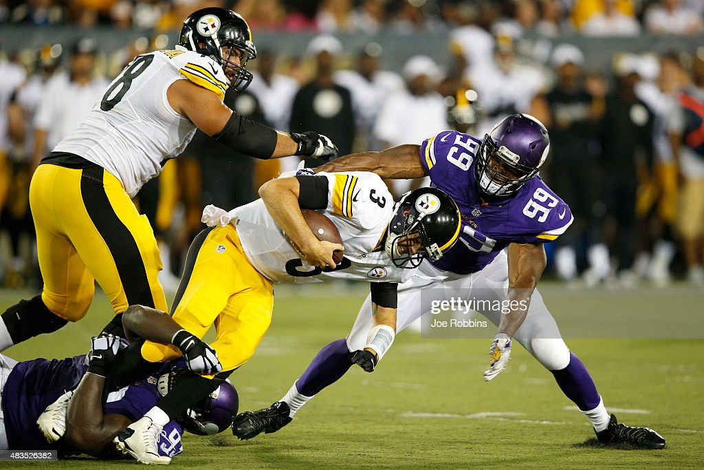 Landry Jones #3 of the Pittsburgh Steelers gets sacked by Shamar Stephen #93 and Danielle Hunter #99 of the Minnesota Vikings in the second half of the NFL Hall of Fame Game at Tom Benson Hall of Fame Stadium on August 9, 2015 in Canton, Ohio.