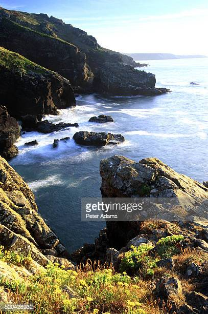 lands end, cornwall, england - peter adams stock pictures, royalty-free photos & images
