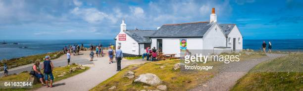 lands end cornwall panorama tourists at first and last cafe - tea room stock pictures, royalty-free photos & images