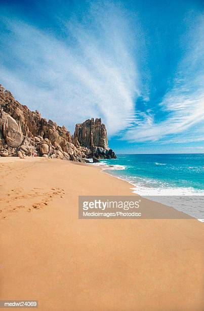 land's end rock formation on playa solmar in cabo san lucas, mexico, baja california - cabo san lucas stock pictures, royalty-free photos & images