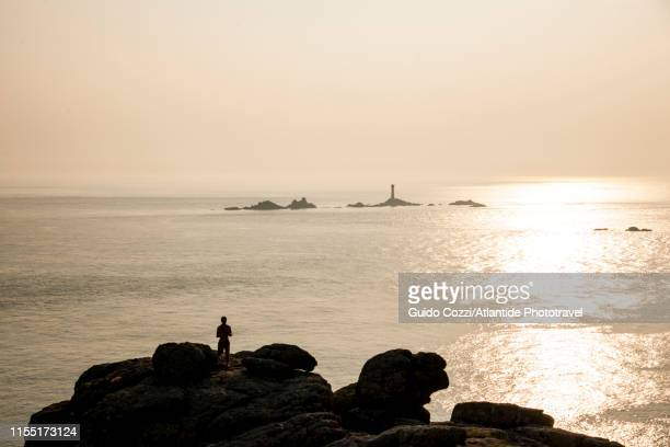 land's end village on the cornish cliffs - image stock pictures, royalty-free photos & images