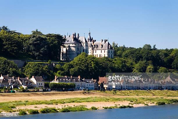 paysage de chaumont-sur-loire - château photos et images de collection