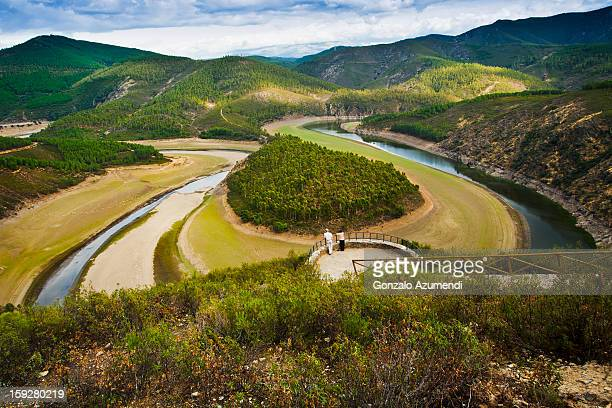 landscape in alagon river. - extremadura stock pictures, royalty-free photos & images