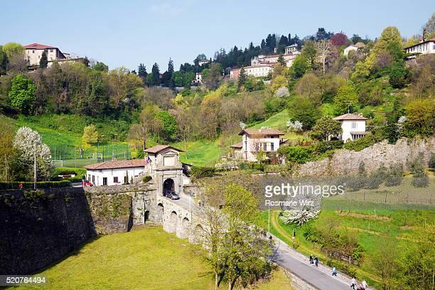 landscape in springtime north of bergamo old city - bergamo fotografías e imágenes de stock