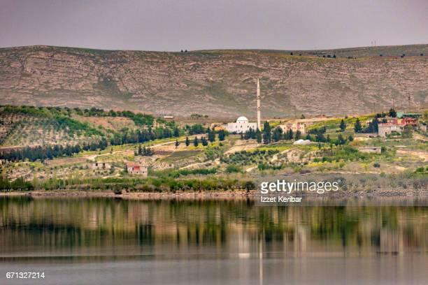 landscape near the halfeti ,sanliurfa, southeastern turkey - euphrates river stock pictures, royalty-free photos & images