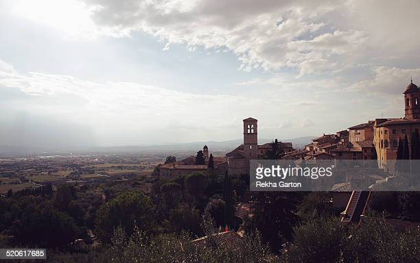 landscape of assisi - rekha garton stock pictures, royalty-free photos & images