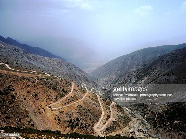 landscape of palfi pass in baghlan, afghanistan - baghlan stock photos and pictures