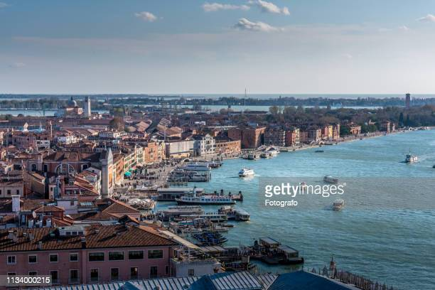 landscape of venice in italy - luogo d'interesse stock pictures, royalty-free photos & images
