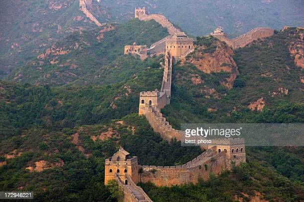 landscape photo of the great wall at jinshanlin - genghis khan stock pictures, royalty-free photos & images