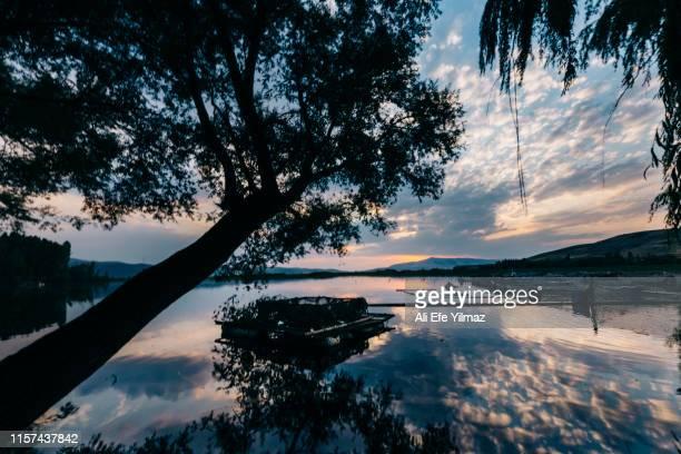 landscape photos from isparta at sunset time - colônia renânia - fotografias e filmes do acervo