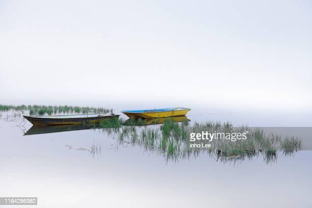 paysage - bateau de plaisance photos et images de collection
