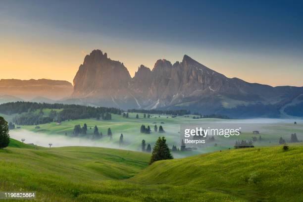 landscape scenic viewpoint of alpe di suisi , famous travel location dolomite alps, italy. - dolomiti foto e immagini stock