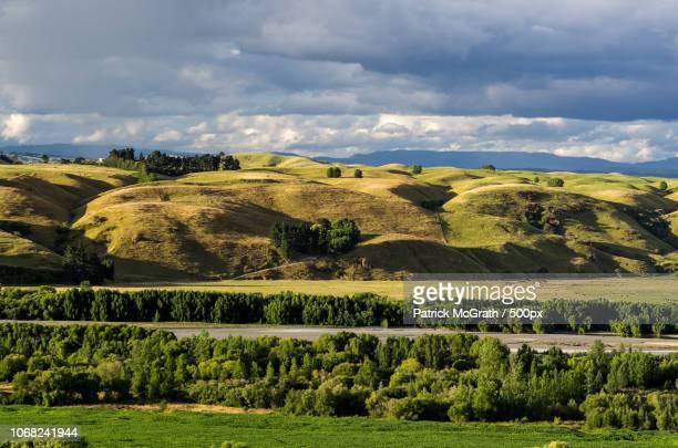 landscape with hawkes bay - ホークスベイ地域 ストックフォトと画像