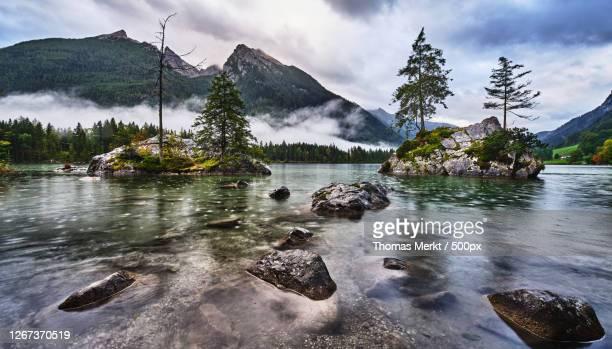 landscape with lake and mountains, ramsau, germany - wasser imagens e fotografias de stock