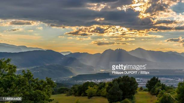 landscape with mountains at sunset, sisteron, alpes-de-haute-provence, france - sisteron stock pictures, royalty-free photos & images