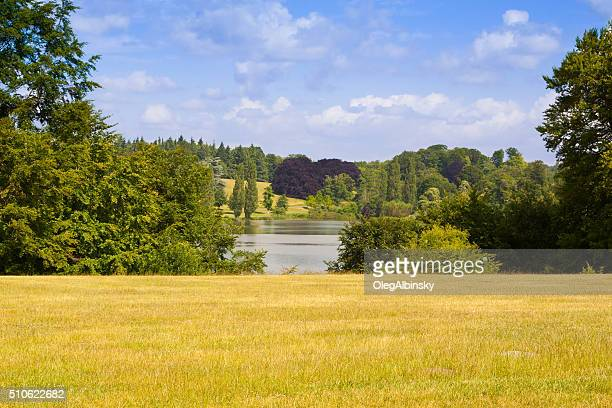 landscape with park at blenheim palace, woodstock, oxfordshire, england, uk. - blenheim palace stock pictures, royalty-free photos & images