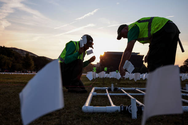DC: Over 650,000 White Flags Planted On National Mall To Honor American Covid Deaths