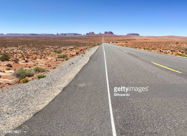 landscaped shot of monument valley - fitopardo stock pictures, royalty-free photos & images