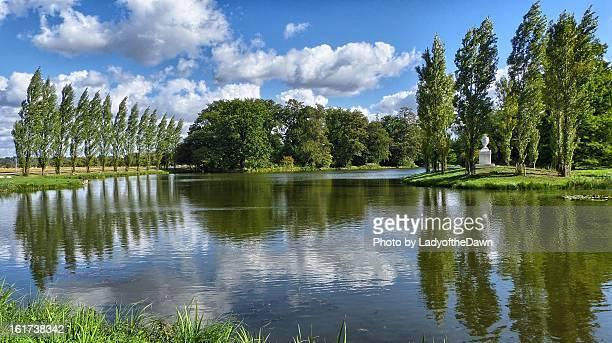 landschaftpark wörlitz - landschaft stock pictures, royalty-free photos & images