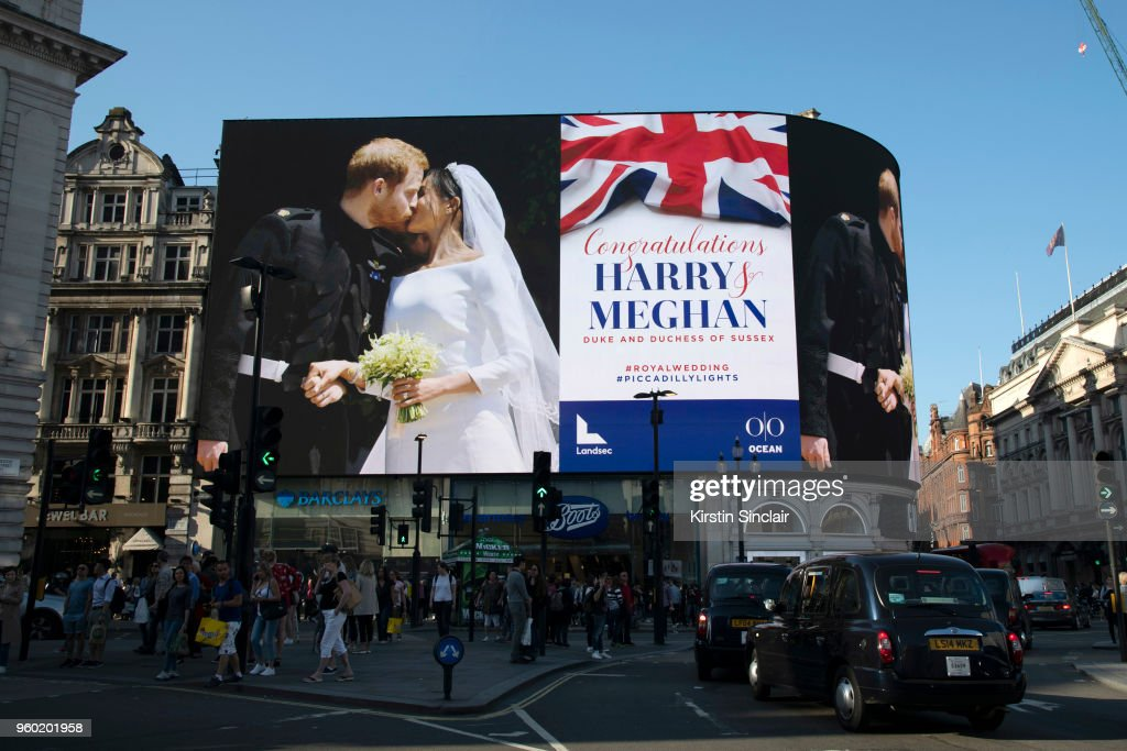 Piccadilly Lights Celebrates Royal Wedding