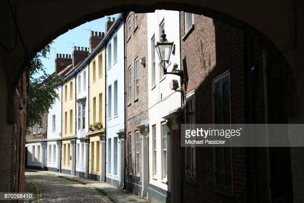 lane - kingston upon hull stock pictures, royalty-free photos & images