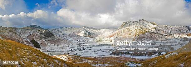 langdale pikes from side pike, lake district national park, cumbria, england, united kingdom, europe - gavin hellier stock pictures, royalty-free photos & images