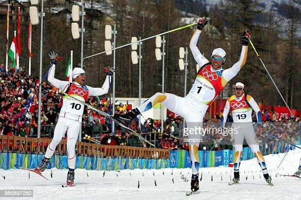 Langlauf Sprint Herren Cross country sprint men Olympiasieger Bjoern Lind SWE vor Roddy Darragon FRA und Thobias Fredrikkson SWE olympische...