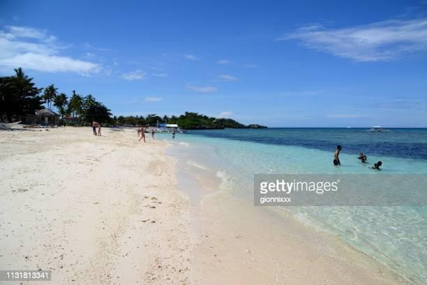 langob strand, malapascua insel, philippinen - cebu stock-fotos und bilder