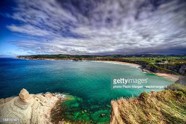langre beach - cantabria fotografías e imágenes de stock