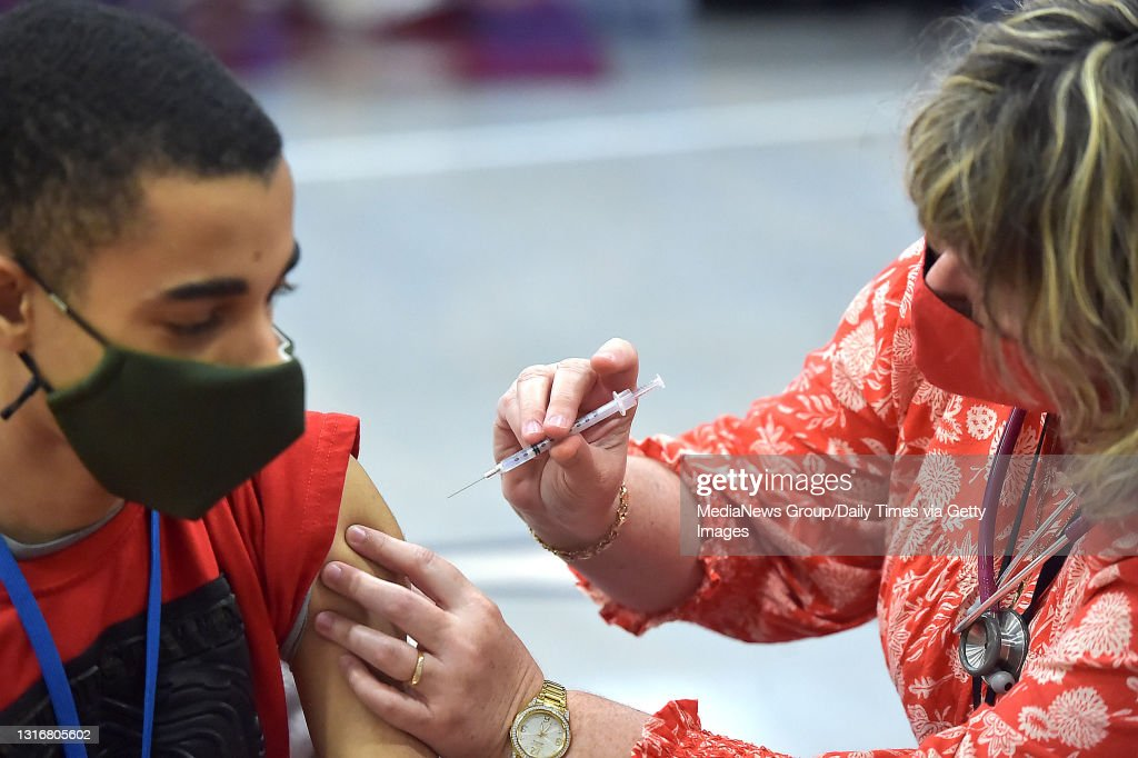 Students get Pfizer vaccine in Delaware County, PA. : News Photo