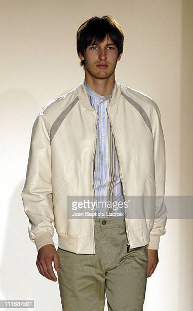Lanvin Fashion Show Men's Wear Collection SpringSummer 2004