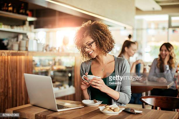 laptop and coffee - coffee shop stock pictures, royalty-free photos & images