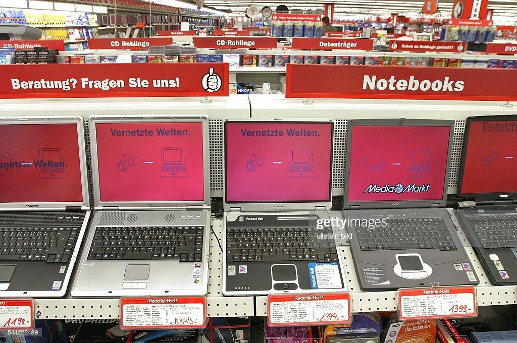 Laptops In Einer Filiale Des Elektronikmarktes Media Markt News Photo Getty Images