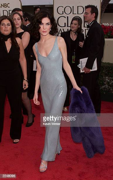 Lara Flynn Boyle arrives at the 58th Annual Golden Globe Awards at the Beverly Hilton in Los Angeles California Sunday January 21 2001 Photo by Kevin...
