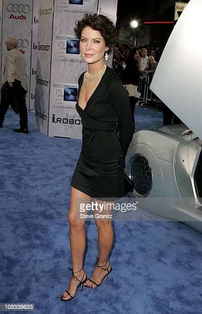 Lara Flynn Boyle during Access Hollywood Stage at the World Premiere of 'I ROBOT' at Mann Village Theater in Westwood California United States