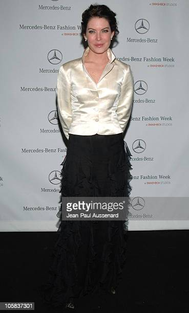 Lara Flynn Boyle during MercedesBenz Fall 2006 LA Fashion Week at Smashbox Studios Day 4 Arrivals at Smashbox Studios in Culver City California...