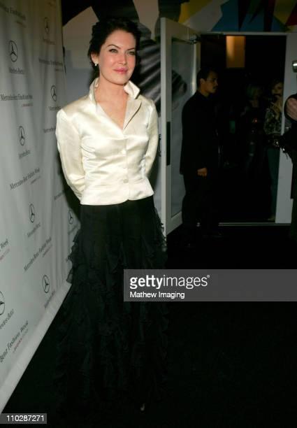 Lara Flynn Boyle during MercedesBenz Fall 2006 LA Fashion Week at Smashbox Studios Around Smashbox Day 4 at Smashbox Studios in Culver City...