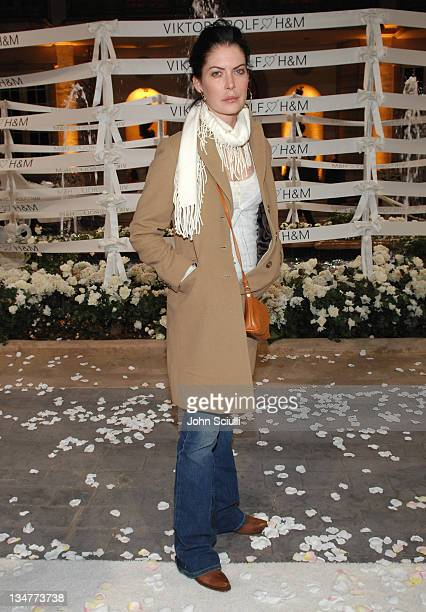 Lara Flynn Boyle during Viktor Rolf Celebrates The Launch of Their Collection for HM Red Carpet at Private Residence in BelAir California United...