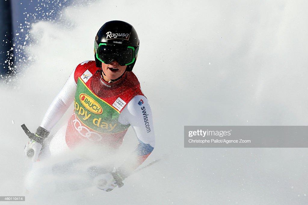 Audi FIS Alpine Ski World Cup - Women's Super Giant Slalom : Nachrichtenfoto