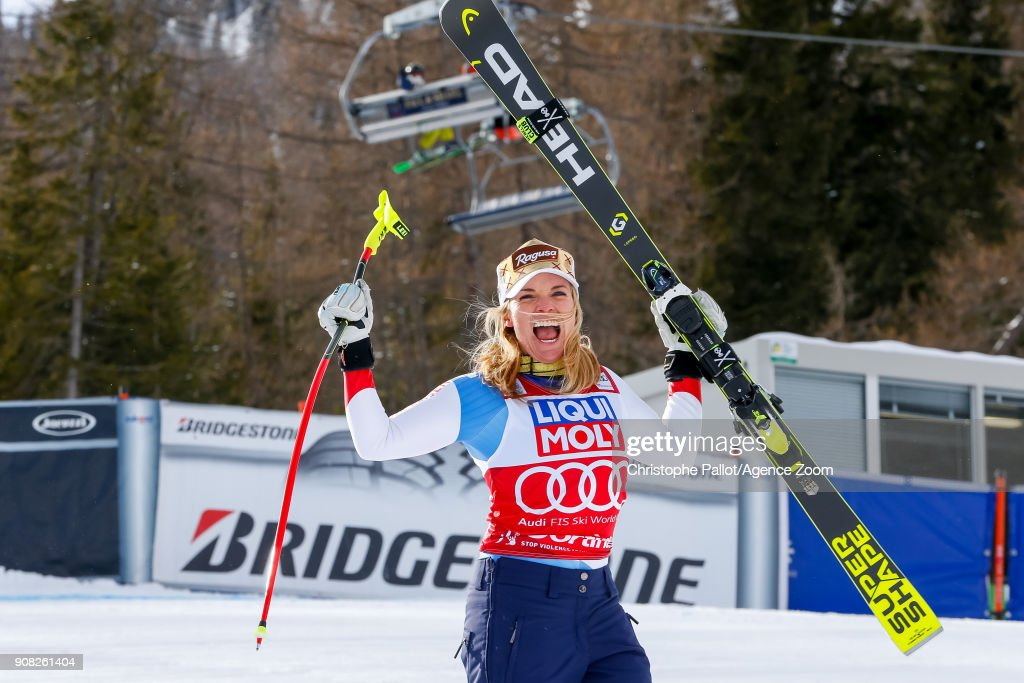 Audi FIS Alpine Ski World Cup - Women's Super G : Nachrichtenfoto