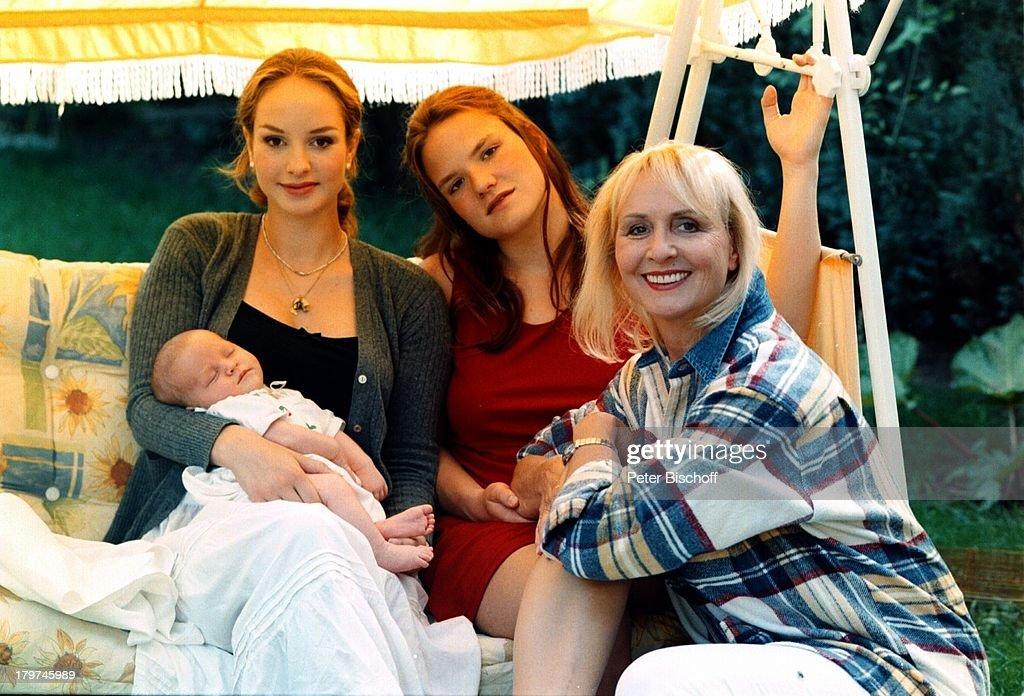 Lara Joy Körner Baby