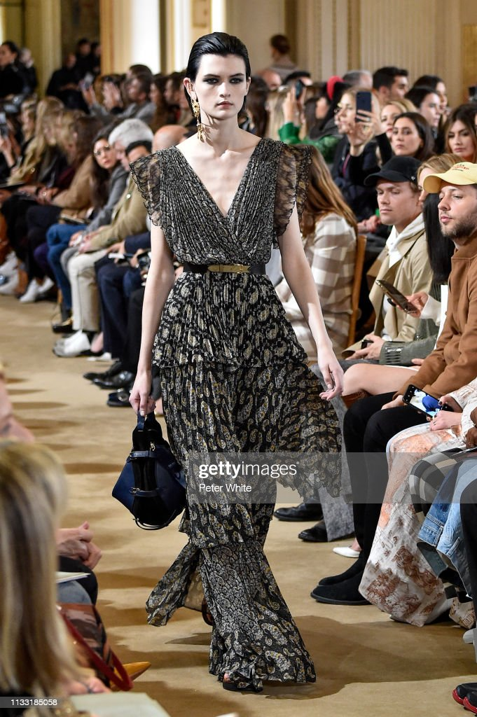 lara-mullen-walks-the-runway-during-the-altuzarra-show-as-part-of-the-picture-id1133185058