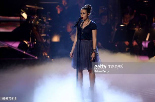 Lara Samira Will performs during the 'The Voice of Germany' semifinals at Studio Berlin Adlershof on December 10 2017 in Berlin Germany The finals...