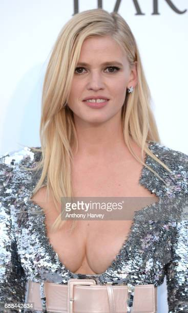 Lara Stone arrives at the amfAR Gala Cannes 2017 at Hotel du CapEdenRoc on May 25 2017 in Cap d'Antibes France