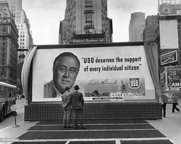 Large billboard in New York's Times Square features President Franklin Roosevelt asking Americans to support the USO.