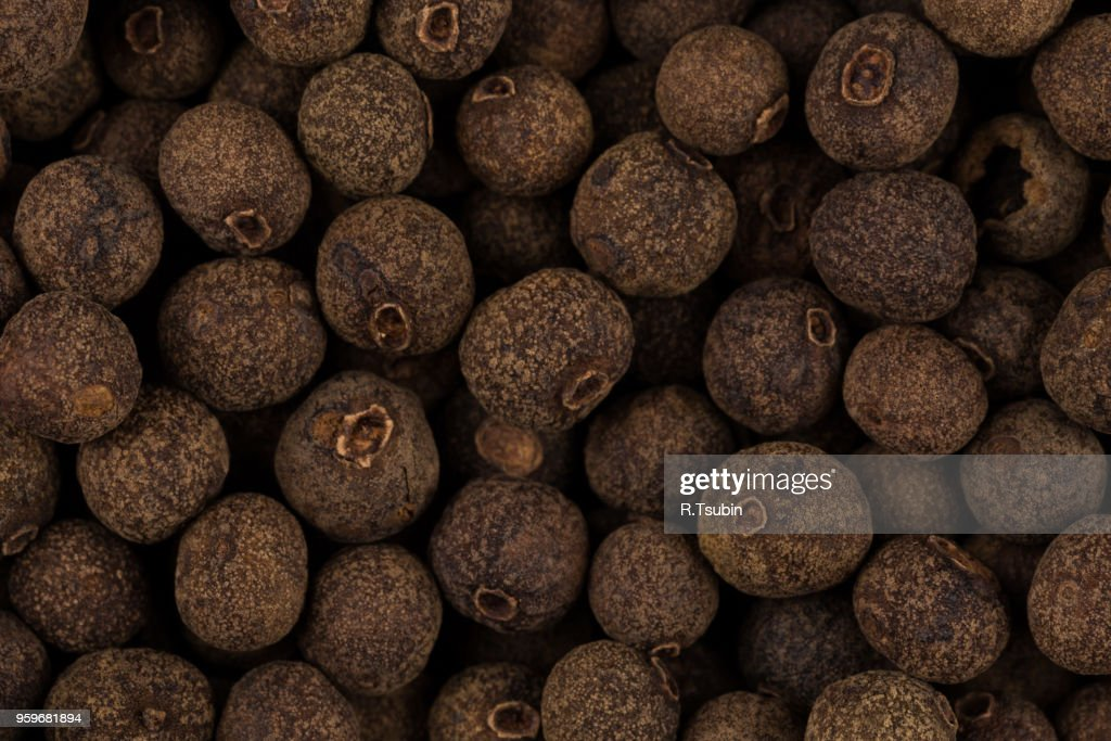 Large black pepper seeds corns as a background : Stock-Foto