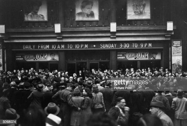 Large crowd gathered outside a cinema for the premiere of the film 'The Life And Death Of Colonel Blimp'. Original Publication: Picture Post - 1468 -...