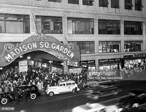 Large crowd gathers at the former Madison Square Garden, at 50th St. And Eighth Ave.