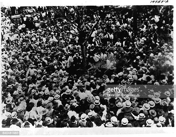 Large crowd watching the lynching of Jesse Washington 18year old Negro in Waco Tex May 15 1916 Photo NAACP Coll Lot 106424
